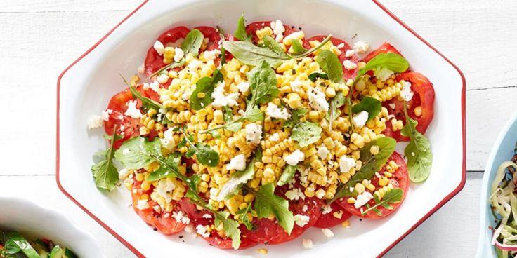 Салат из помидоров, кукурузы и феты