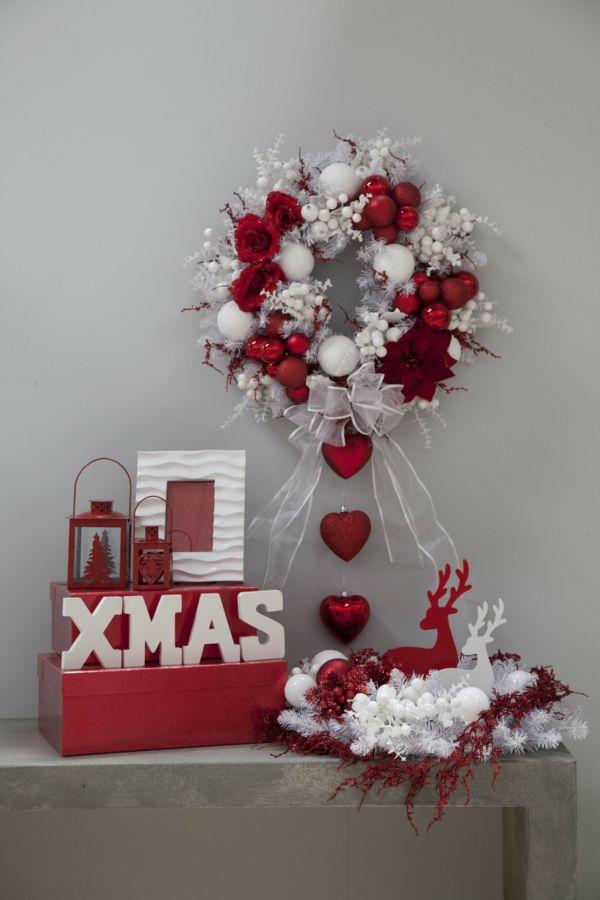 festlich rot weiße Weihnachtsdeko Ideen weihnachtskranz
