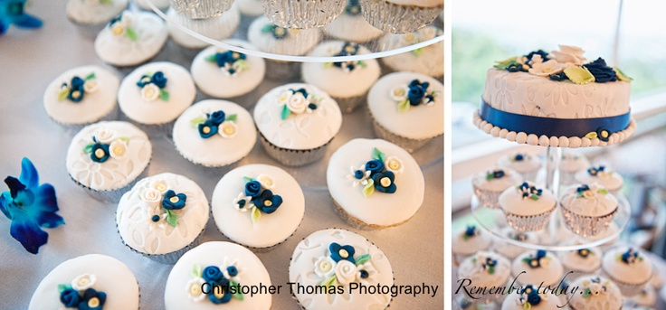 Brisbane Wedding Photographer - blue cakes, Christopher Thomas Photography