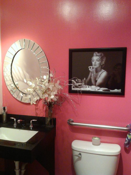 Pink Black And White Old Hollywood Vintage Marilyn Monroe Inspired Bathroom Interior Design Pinterest Home House