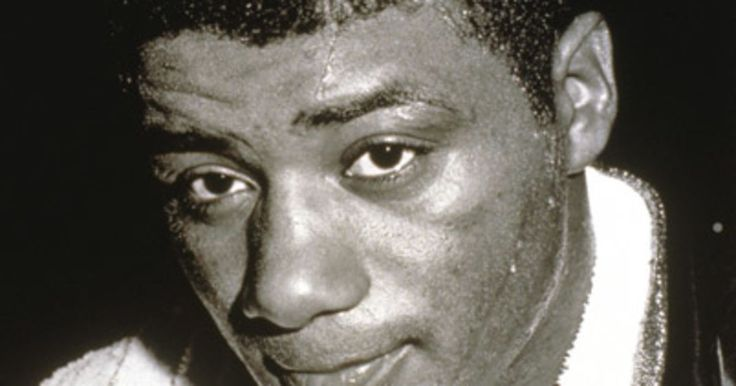 On Biography.com, learn how boxer Floyd Patterson used a peekaboo style of fighting, keeping his gloves close to his face, to win heavyweight championships.