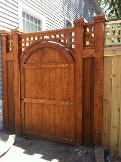 Craftsman Style Fence Hack | 1917 Arts & Crafts Home