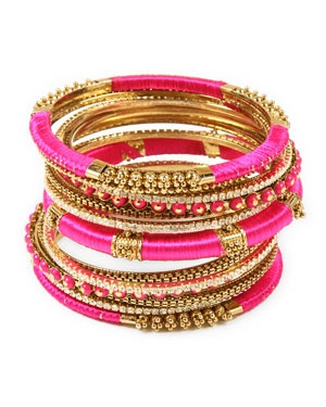 Love gold and hot pink together. So summer!