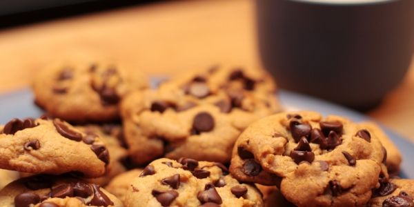Thick and Chewy Chocolate Chip Cookies - just what Santa ordered!!