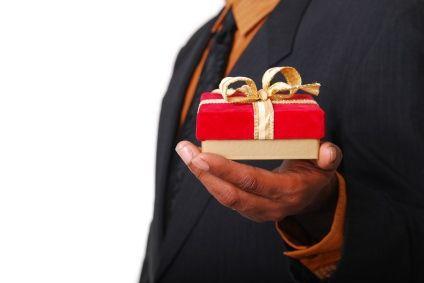 zijn er verschillende soorten van Corporate Business Gifts zijn beschikbaar in de markt, maar het wordt vaak gezien dat de koper in de war raakt na het bekijken van al deze gaven op een moment. #giveaways