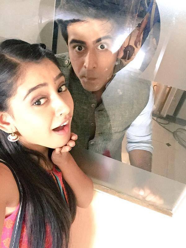 Going crazy with pandit ji in the set of kaisi yeh yaariyan