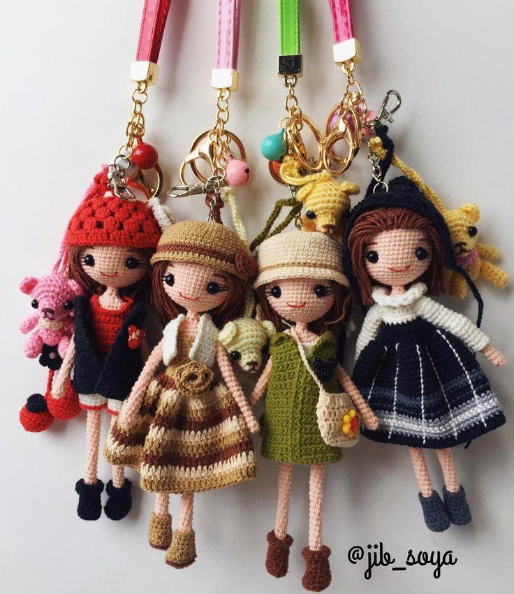 "406 Likes, 7 Comments - Jib Soya (@jib_soya) on Instagram: ""จะถักงานสะสมไว้ ออกร้านตอนสิ้นปี ไหนตัวแรก!! ยังไม่มีซักตัว #มโนเก่งเนอะ #amigurumi #cute #crochet…"""