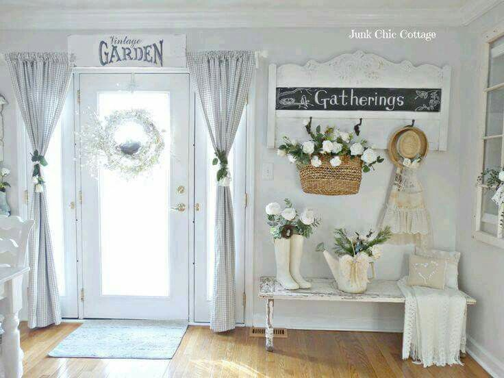 10 All White Shabby Chic Entryway