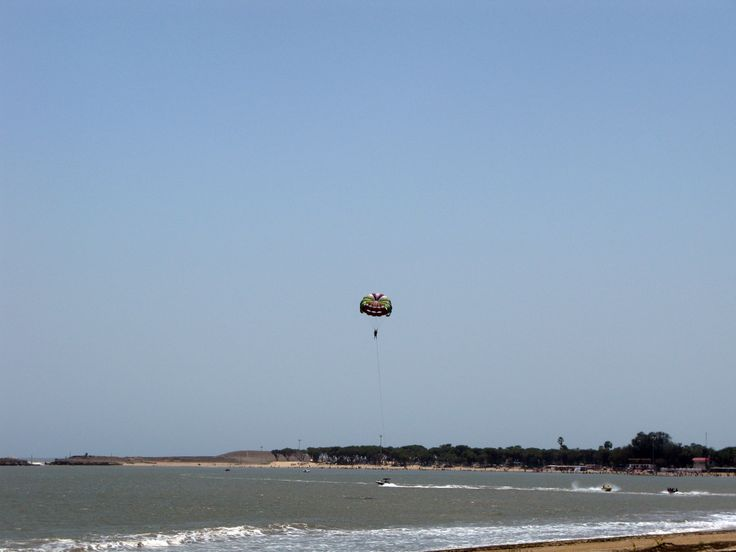 #MyWayOnHighway Day 14, Paragliding is a popular activity on the beaches of Diu, #India #sports #travel