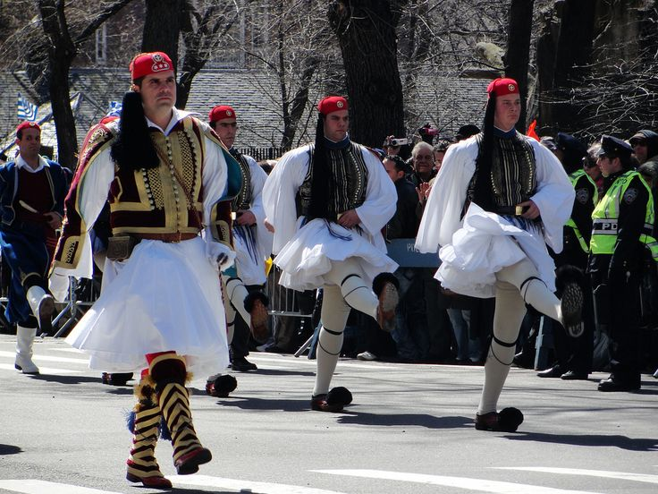 a study of the traditional greek dress The dress problem is a conundrum of the larger picture where our present culture is eclectic and bears little resemblance to the traditions of our deceased progenitors.