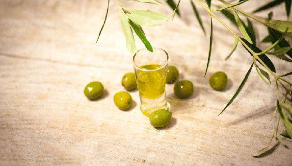 Zielony Zagonek » Terapia olejem – skuteczna broń w walce z chorbą