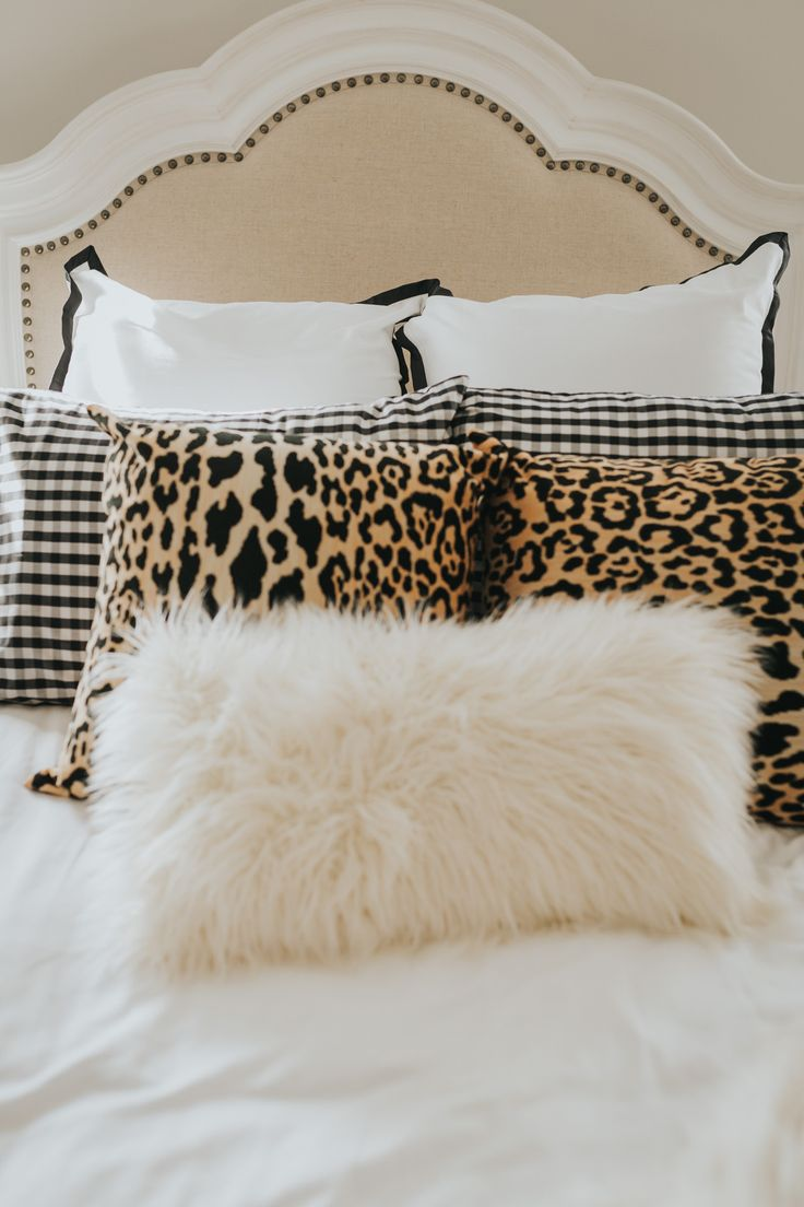 serena and lily bedding, seren and lily border frame duvet cover, serena and lilly gingham sheet set, gingham shams, leopard throw pillows, furbish studio throw pillow, pbteen faux fur throw, ivory faux fur throw, victoria's secret afterhours satin pajamas, a southern drawl home decor, a southern drawl home tour // grace wainwright a southern drawl