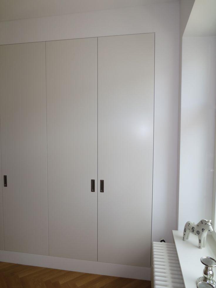 #Schlafzimmerschrank weiß lackiert
