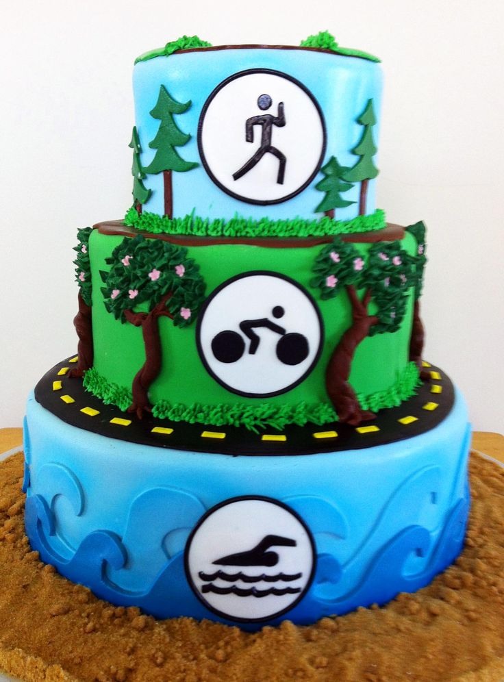 I like the road on the bottom level of this cake and may use that idea for our road biking scene section of the cake!!