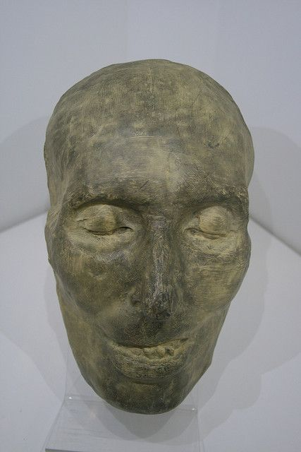 Chopin's death mask... Please don't think that I'm creepy because I find this cool..I just have an uncontrollable obsession with masks..and Chopin..