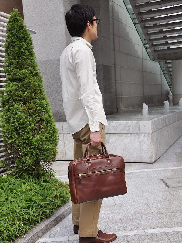 2本手ビジネスバッグ 着用