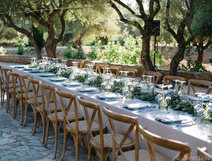 Vintage Tischdeko auf einer Finca. by Mallorca Hochzeiten, Majorca weddings, Mallorca bodas.