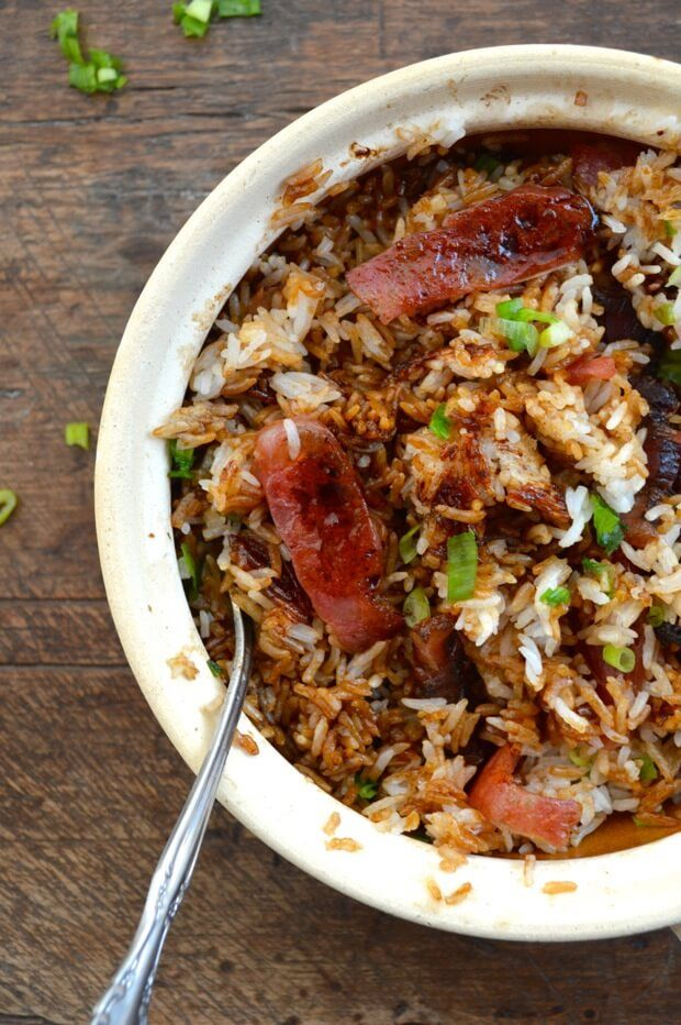 This Hong Kong Clay Pot Rice bowl is similar to a Korean bibimbap, with slightly crispy bits of rice at the bottom of the pot but with cured pork belly and Chinese sausage