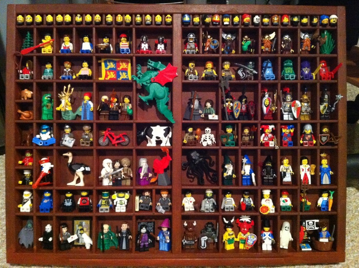 Our type tray + our mini figs=YES.