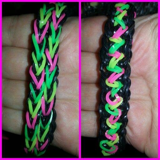 Reversible zigzag bracelet