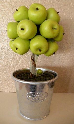 Dollar tree topiary