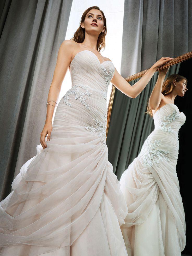 Winston Style 1700 glamorous wedding dress with
