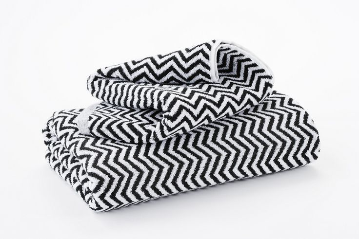 Look what I have bought from Hotel Luxury Collection: Black and White Herringbone Bath Towels From;