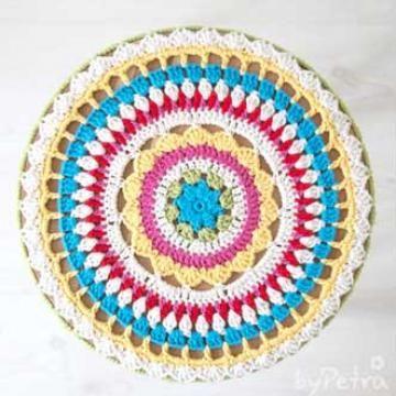 Mandala stool cover - Free crochet pattern  sc 1 st  Pinterest & Best 25+ Stool cover crochet ideas on Pinterest | Stool covers ... islam-shia.org