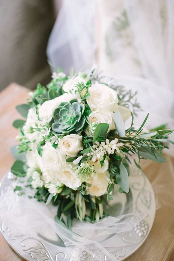 20 best romantic wedding flowers images on pinterest for Bouquet de fleurs wine