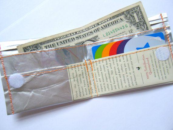 OOAK Upcycled caffè borsa uomo Bi-Fold ragazzo portafoglio argento filo arancio materiali riciclati soldi titolare della carta cucire Geekery unico