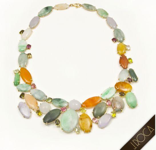 Rogelio Roca ha diseñado y creado este precioso collar de JADEITA. Nos encantaría que vinieseis a nuestra Joyería JROCA de Avda. Diagonal, 580 de Barcelona para que os lo probarais. ¡Os esperamos!