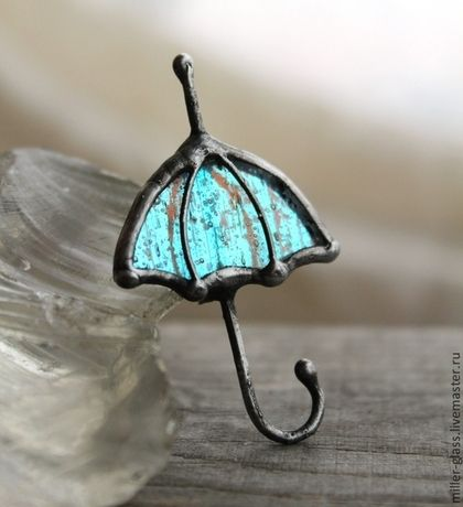 """Брошь """"Зонт сине-зеленый"""" стекло. Handmade."""