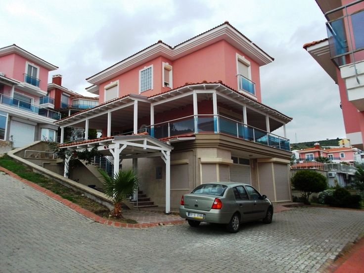http://www.turkeyhousesforsale.com/property/real-estate-kusadasi-6207