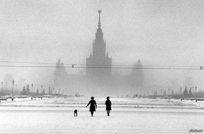 фотограф Эллиотт Эрвитт Москва, 1968 год. Адресный план, переход на банкет.