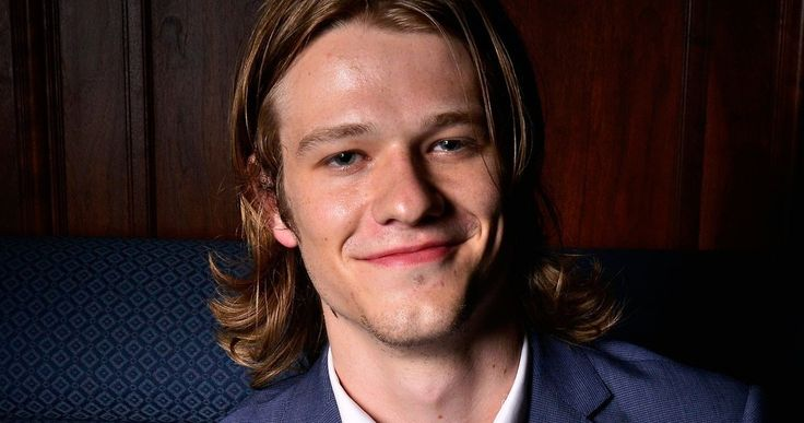 'MacGyver' TV Reboot Gets 'X-Men' Star Lucas Till in the Lead -- 'X-Men: Apocalypse' star Lucas Till has signed on to play Angus McGyver in CBS' 'McGyver' reboot, with Joshua Boone also joining the cast. -- http://tvweb.com/news/macgyver-tv-show-cast-lucas-till/