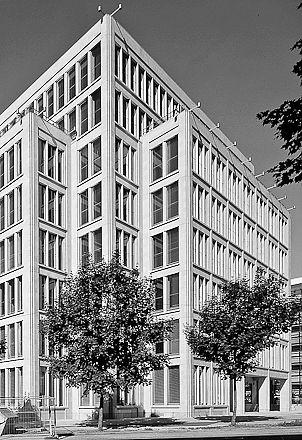 Hofgarten Palais by Hilmer & Sattler und Albrecht.