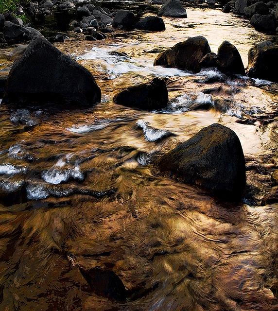 River Stream, lao valley, Maui