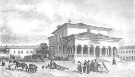 Hanul Constantin Vodă, construit în 1694, clădirea a fost construită după arhitectura Hanului Şerban Vodă- semăna mult cu acesta, însă nu era la fel de mare.