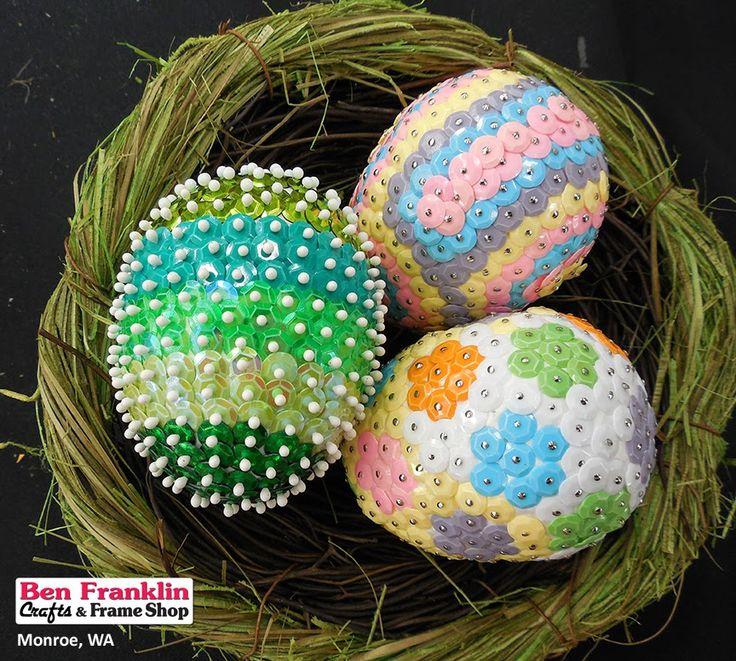 DIY Sequin Easter Eggs in a Basket | #Crafts #EasterDecoration