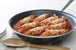 30-Minute Chicken Manicotti Skillet recipe - Need a delicious dish ready in a half hour?  Try this NEW delicious manicotti recipe.