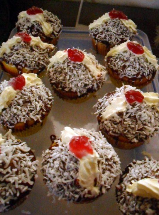 Yummy Tummy Lamington Cupcakes