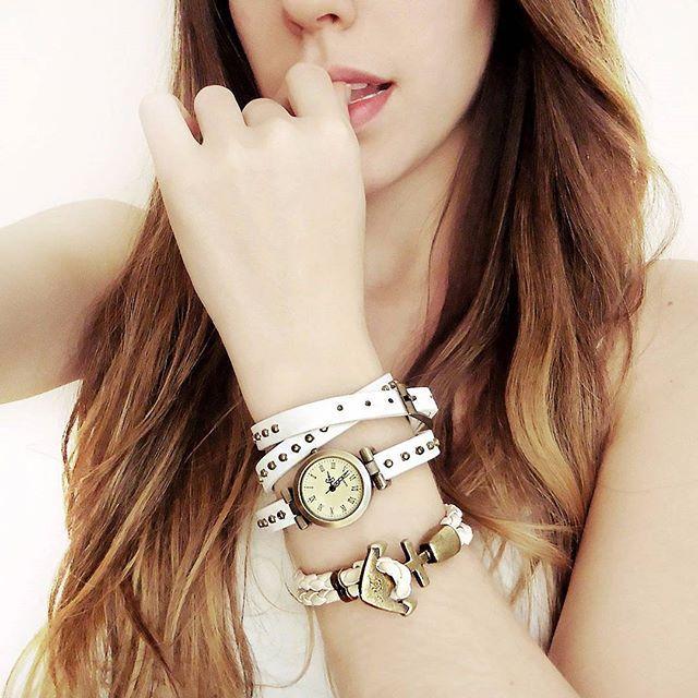 Relógio e pulseira, um par perfeito ❤ disponíveis em ➡ www.canelaacessorios.com.br #canelaacessorios #acessorios #acessorios #acessories #online #bijuteria #biju