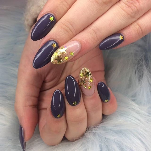 Our Expert Nafamee Created This Magical Nafacrylic Look Using Venice By The Gelbottle Inc And Some Holographic Star Decalswanna Nails Beauty Photo And Video