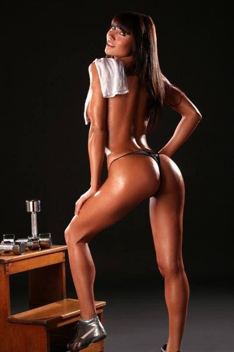 Belen lavallen 20131127 fit legs for Fitness 24 7 mobilia