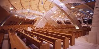 Risultati immagini per panca per chiesa