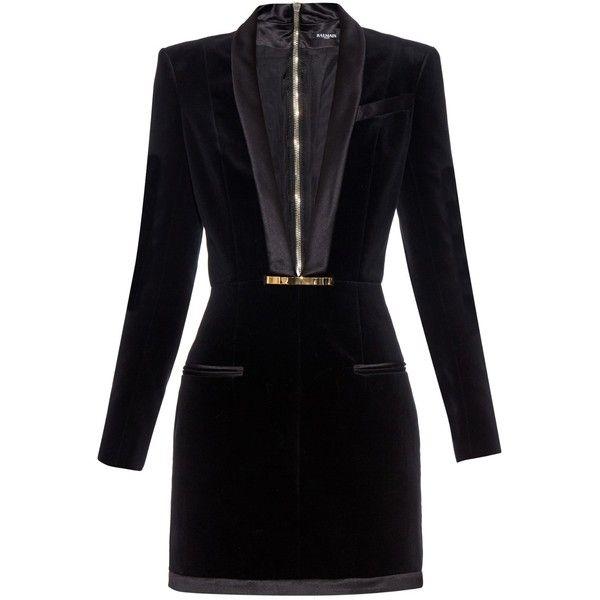 Balmain V-neck velvet dress ($3,055) ❤ liked on Polyvore featuring dresses, vestidos, black, balmain dress, black dress, studded dress, black cocktail dresses and black v neck cocktail dress