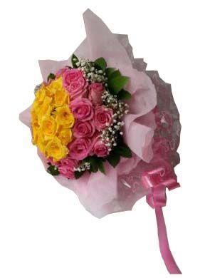 Hand Bouquet Mawar Cantik