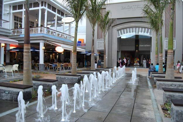 Bagatelle mall of Mauritius - really love that place <3! #shopping #food #mall #beautiful