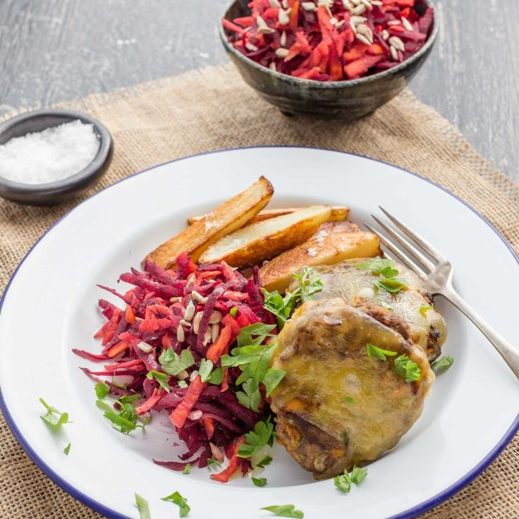 NAKED BEEF BURGERS WITH BEETROOT AND CARROT SALAD AND CHUNKY CHIPS