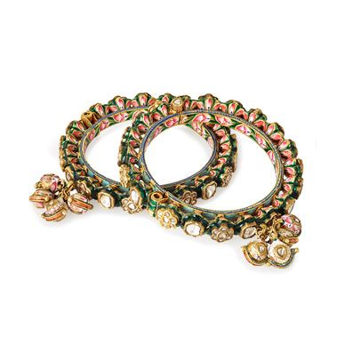 #APairOf'Polki'DiamondAndEnamelled PacheliBangles #FineJewelsAndSilverAuction(OCT 13-14, 2014)